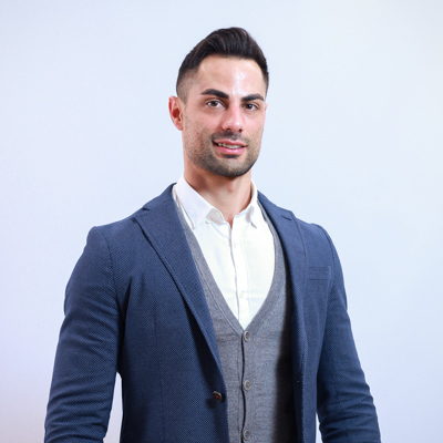 Iván Navarro – Customer Deliveries